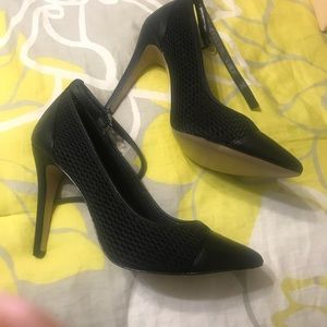 Shoes - New black BCBG cynthia heel